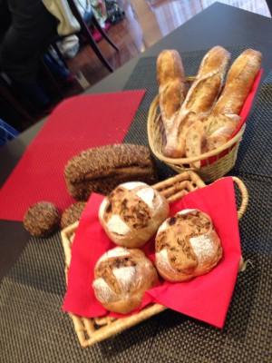 シニフィアン・シニフィエの志賀シェフのパン講習会で、リンナイホットラボへ