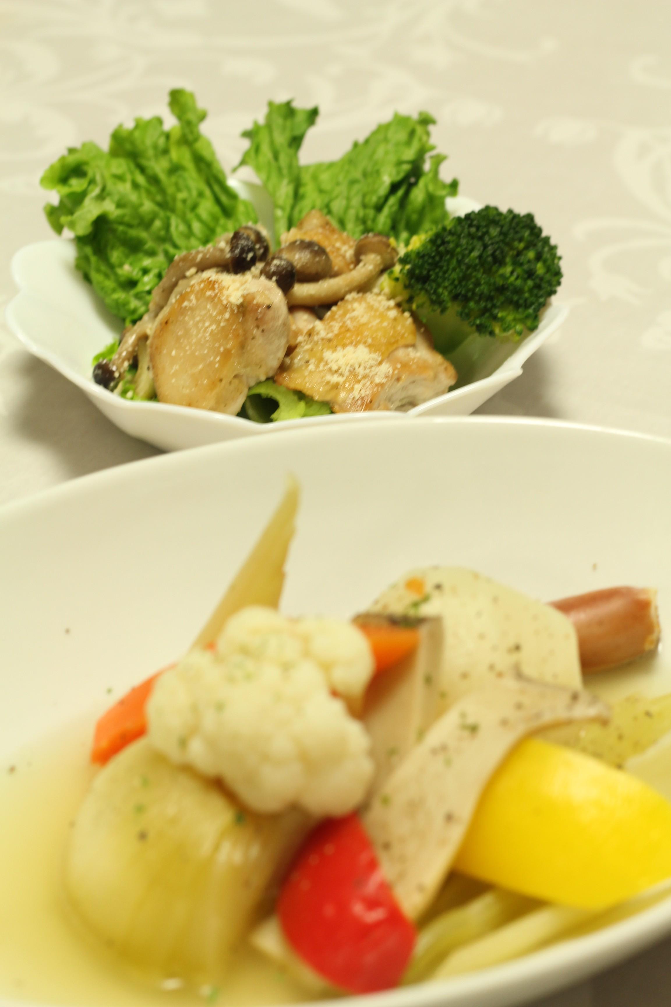 ポトフ&鶏のガーリックハーブ焼き (5)