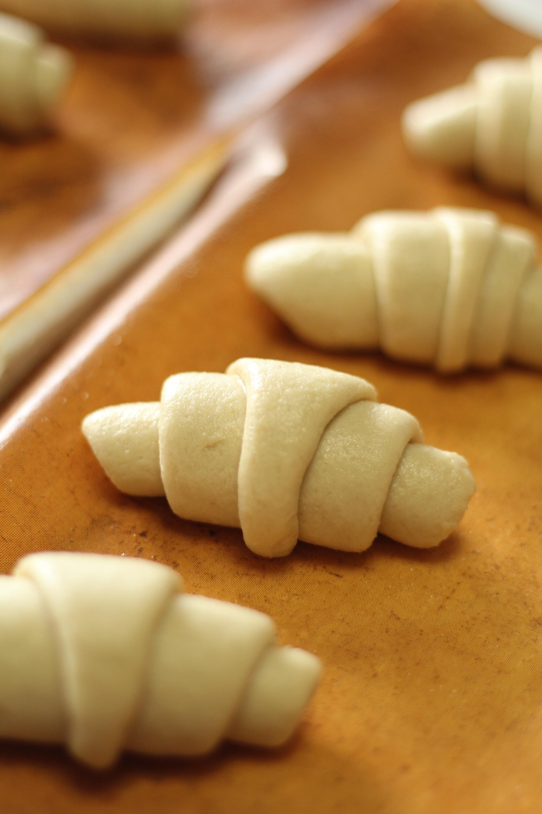 京都江部粉・糖質制限ベーシックコース1期生・ロールパンとナッツブレッド
