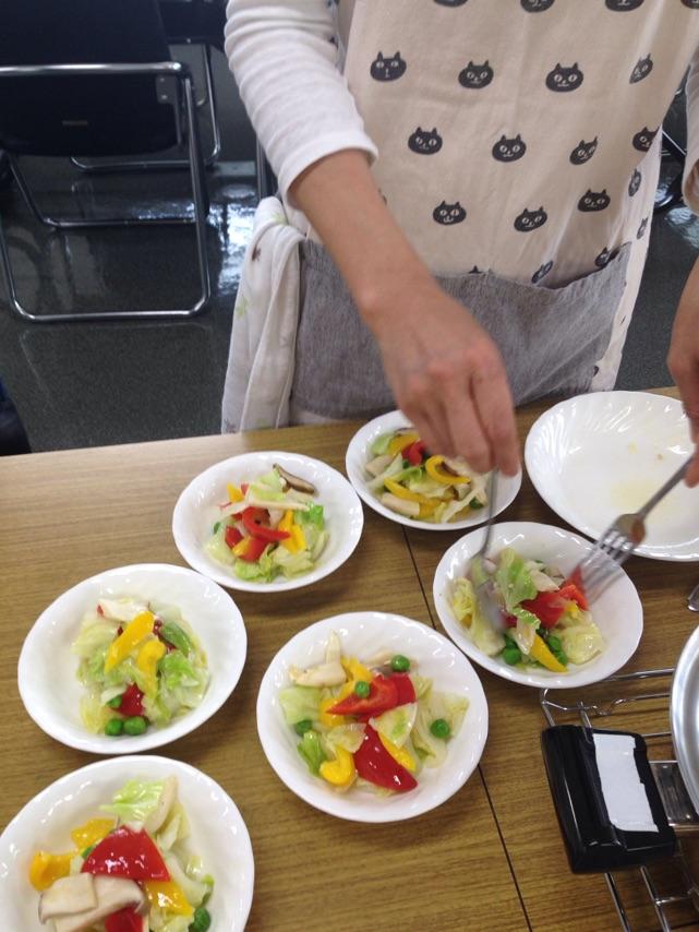 阿倍野区西田辺、a-ta-sante 糖質制限パン料理教室.会館でのレッスンもちもちフォカッチャ。