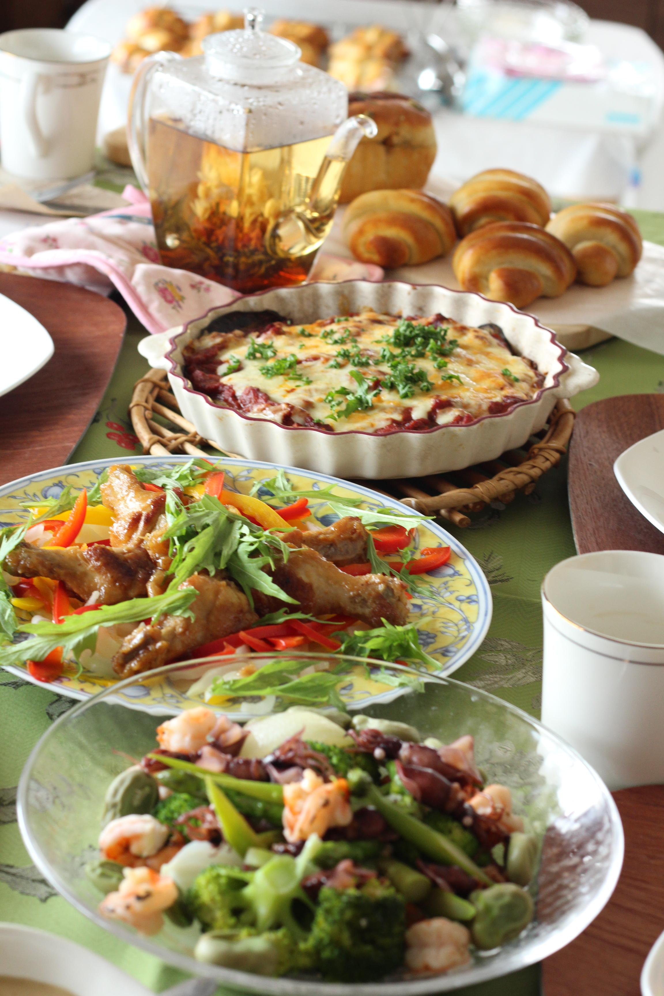 阿倍野区西田辺a-ta-sante糖質制限パン料理教室。京都江部粉糖質制限パンベーシックコース1回目『ナッツブレッド&バターロール』