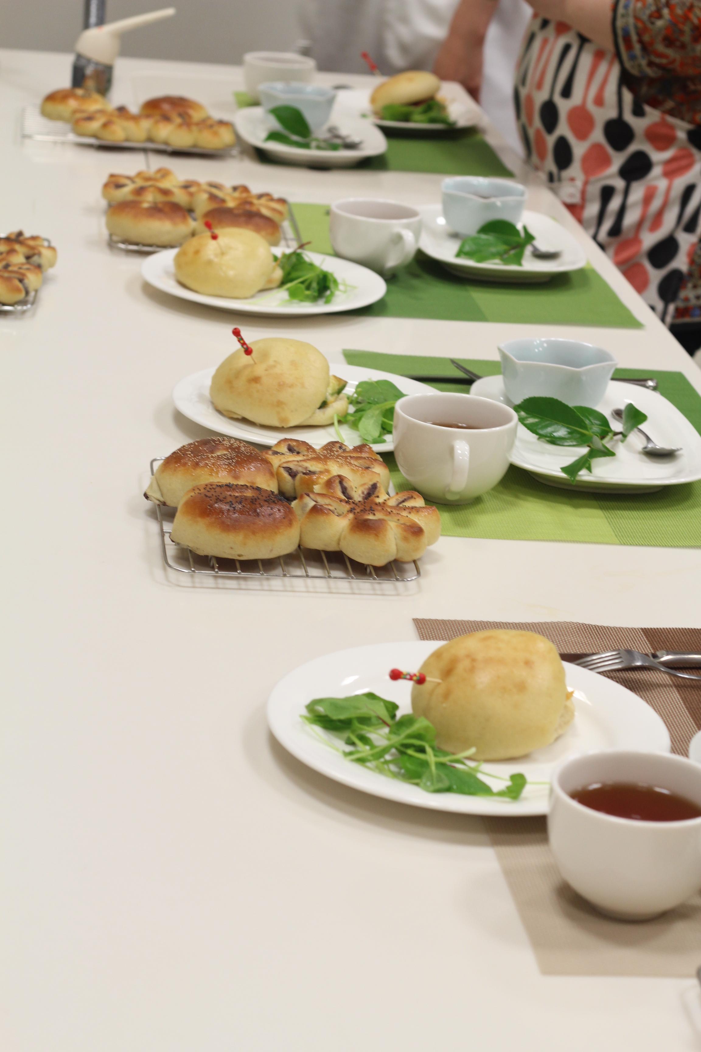 京都江部粉糖質制限パン『餡子から作るあんパン』第二回目。a-ta-sante糖質制限パン料理教室。阿倍野区西田辺。
