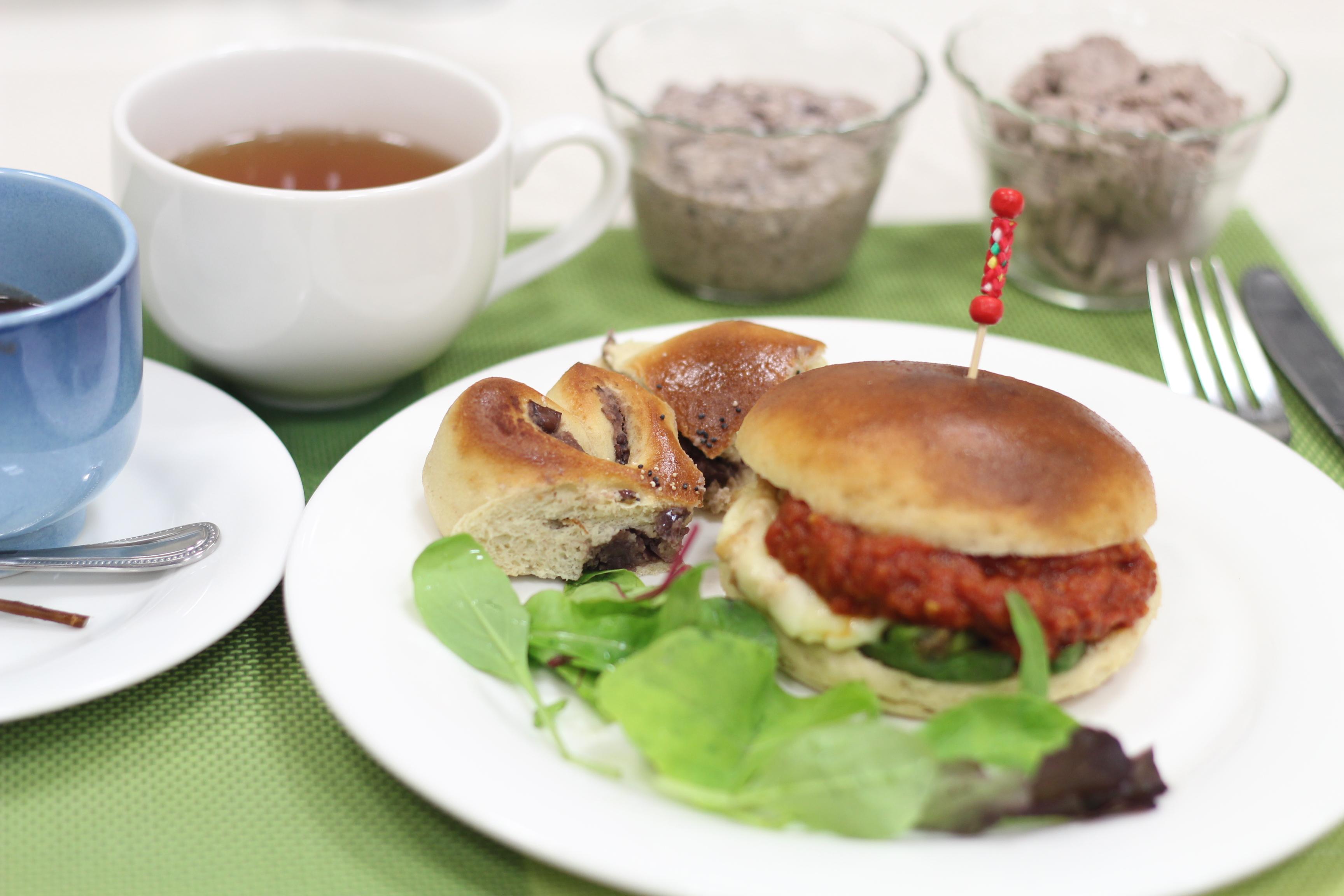 江部粉糖質制限パン、餡子から作るあんパン。a-ta-sante糖質制限パン料理教室。阿倍野区西田辺。