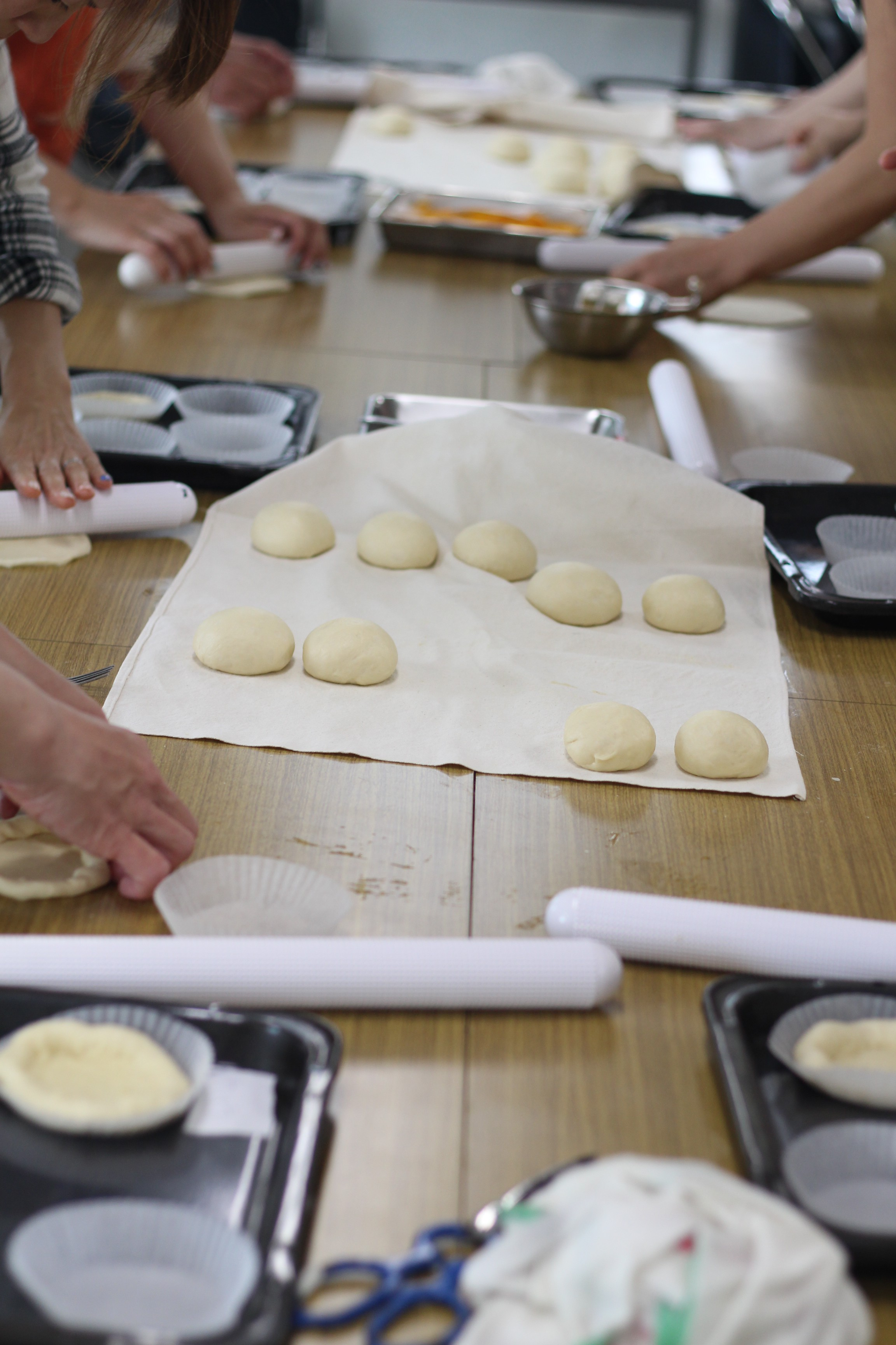 会館でのレッスン『フルーツぱんタルト』阿倍野区西田辺、a-ta-sante糖質制限パン料理教室。