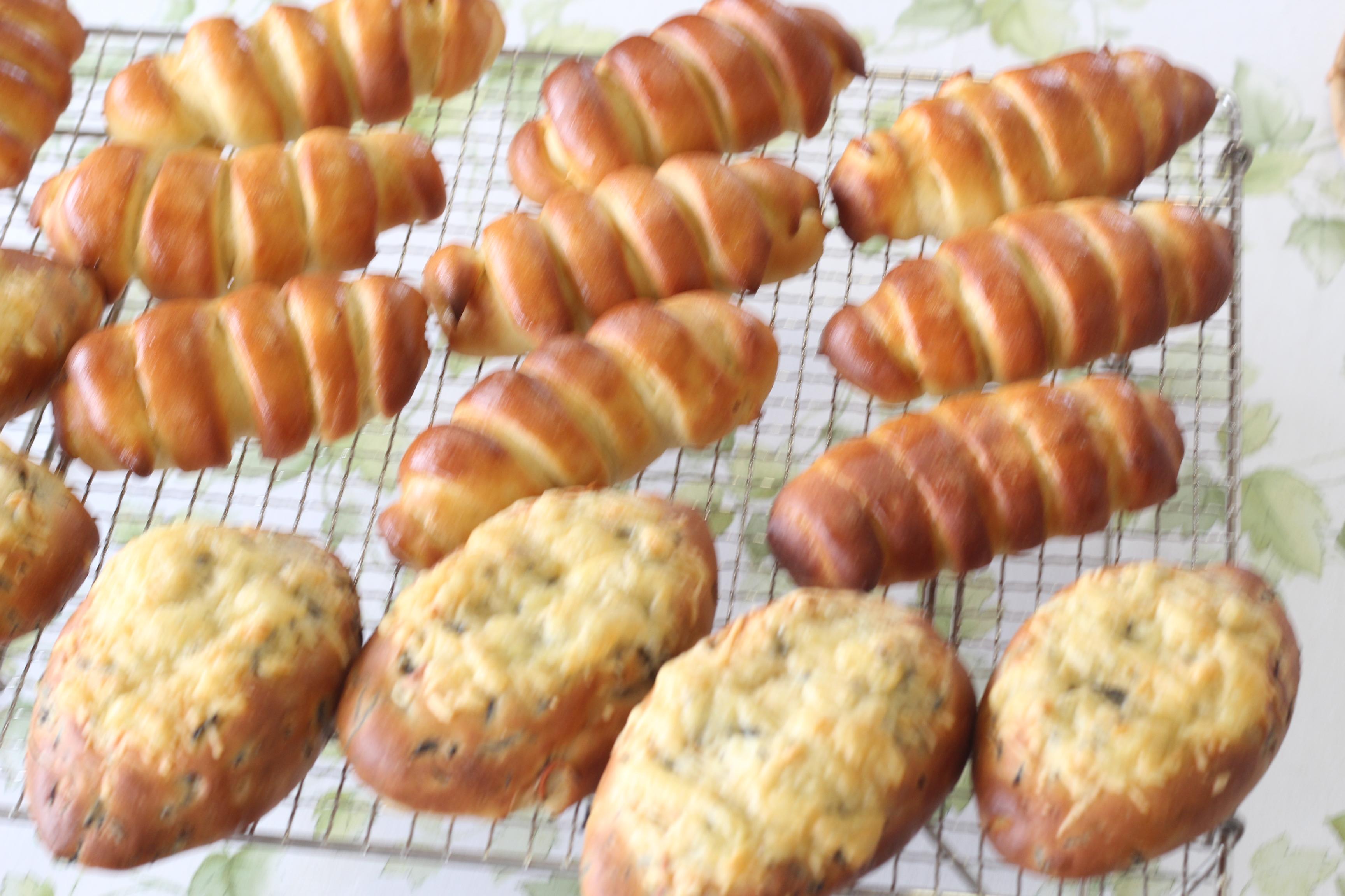 a-ta-sante糖質制限パン料理教室、阿倍野区西田辺。京都江部粉ベーシック子^す4回目『ひじきブレッド&クリームパン』