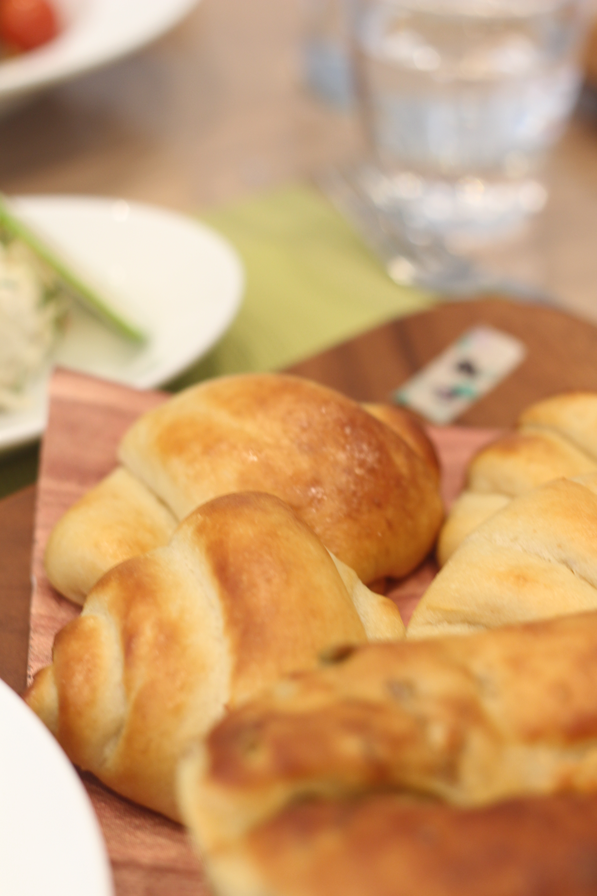 a-ta-sante糖質制限パン料理教室、阿倍野区西田辺。京都江部粉糖質制限パンベーシックコースⅣ期、ナッツブレッド&ロールパン。
