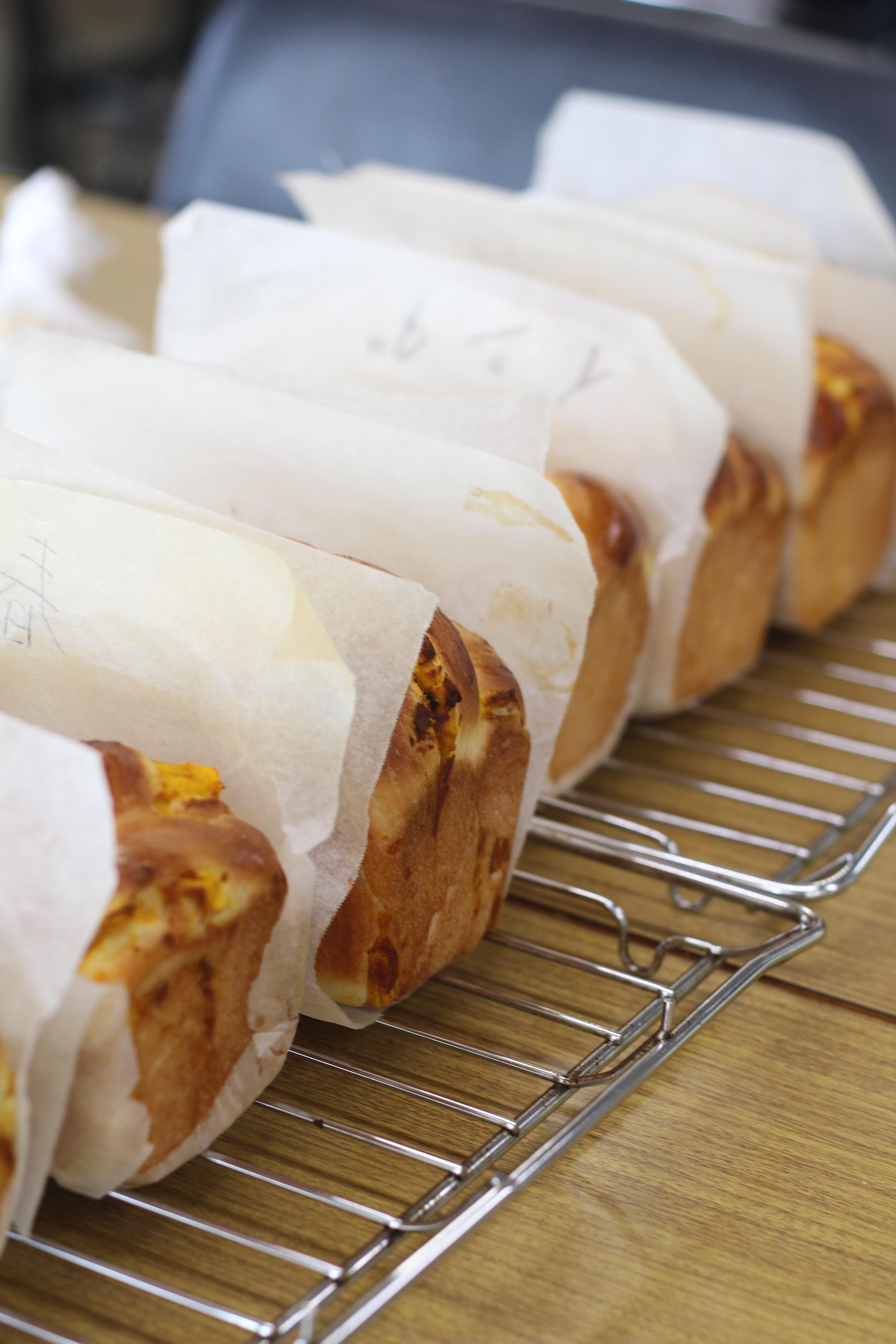 a-ta-sante糖質制限パン料理教室。会館でのレッスン『パンプキン餡食パン』