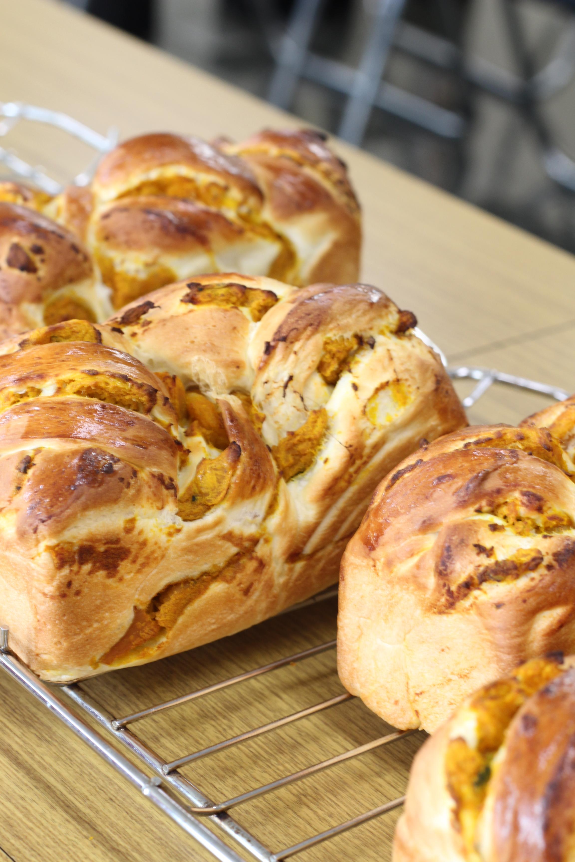 a-ta-sante糖質制限パン料理教室、阿倍野区西田辺。会館でのレッスン『パプキン餡食パン』最終回。