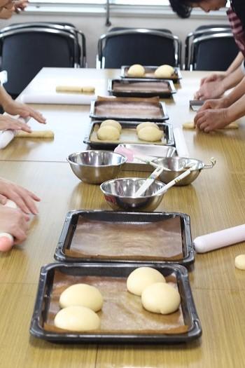 a-ta-sante糖質制限パン料理教室、阿倍野区西田辺。会館でのレッスン『ヴェックマン』