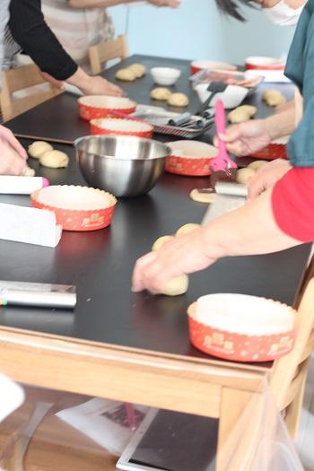 a-ta-sante糖質制限パン料理教室、阿倍野区西田辺。京都江部粉チョコマーブルデコレーションブレッド&クリスピーピザ。