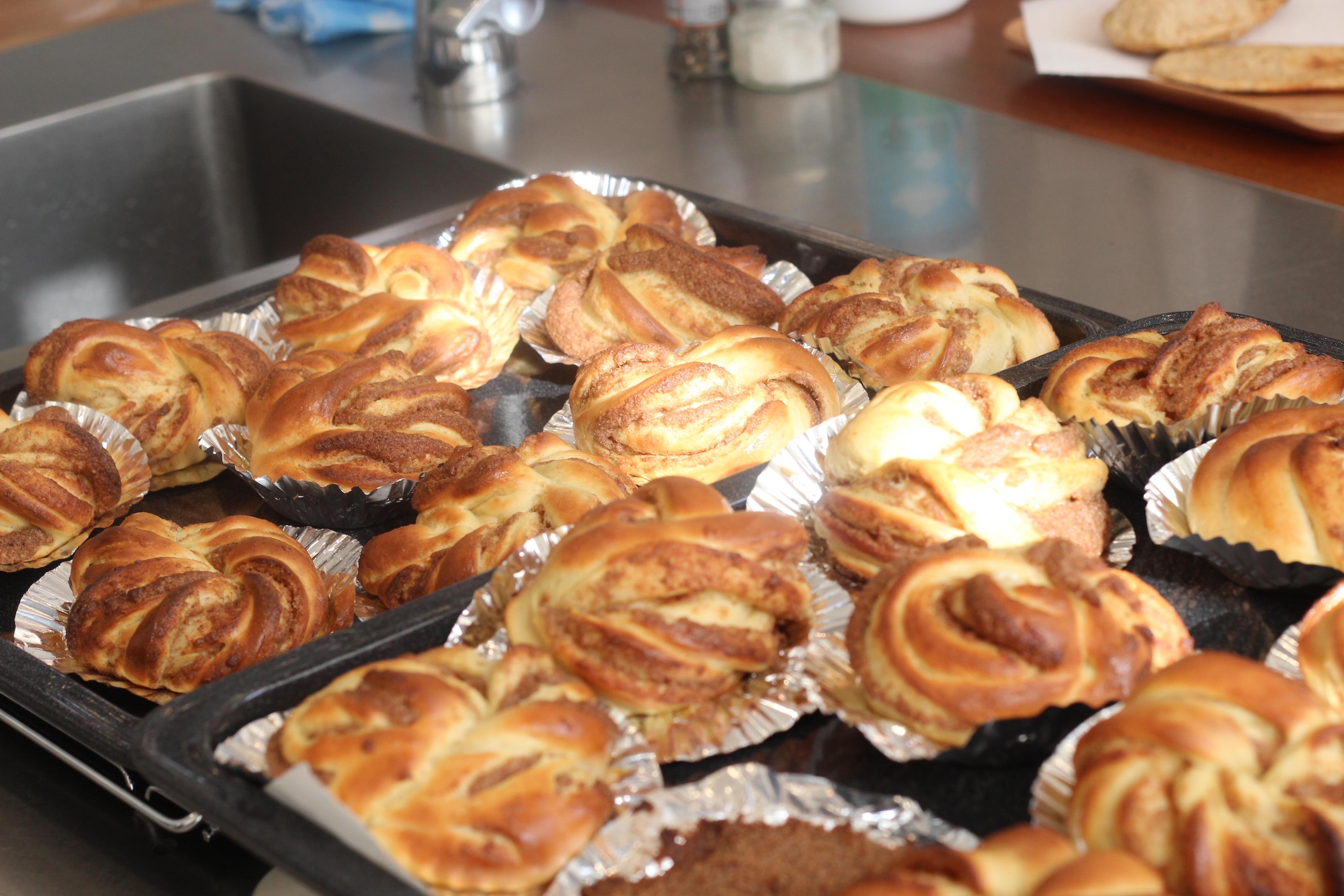 a-ta-sante糖質制限パン料理教室、阿倍野区西田辺。京都江部粉糖質制限パンベーシックコース『シナモンロール&ピタパン』