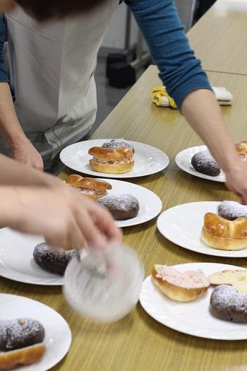a-ta-sante糖質制限パン料理教室、会館でのレッスン『ふっくらハート』