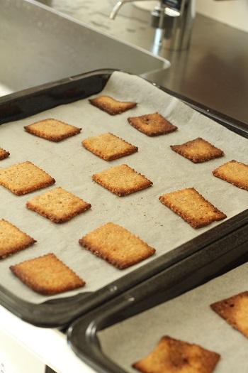 a-ta-sante糖質制限パン料理教室、阿倍野区西田辺。京都江部粉ベーシックコース2回目『ベーグル&クラッカー』
