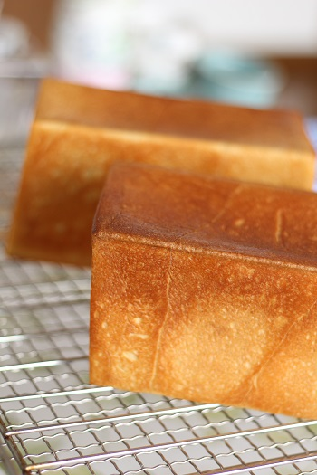 a-ta-sante糖質制限パン料理教室。京都江部粉糖質制限パンアドバンスコース最終会『角食&クイックブレッド&CORWN』