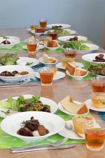a-ta-sante糖質制限パン料理教室。大阪市阿倍野区。おしゃれで楽しい低糖質料理教室7月2日目。テーマは、赤ワイン。
