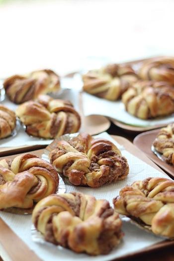 a-ta-sante糖質制限パン料理教室。京都江部粉糖質制限ベーシックコース『シナモンロール&ピタパン』