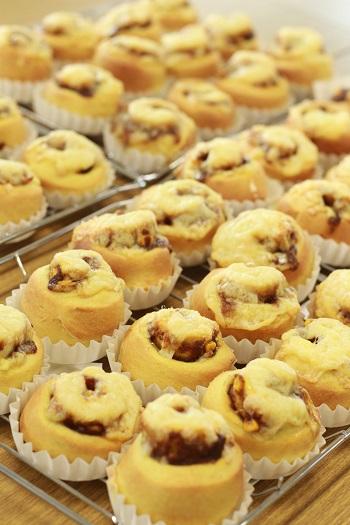a-ta-sante糖質制限パン料理教室。会館でのレッスン『コーンカレーロール』