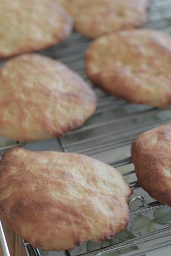 a-ta-sante糖質制限パン料理教室。京都江部粉糖質制限アドバンスコース4回目『塩オリーブパン&ナン』
