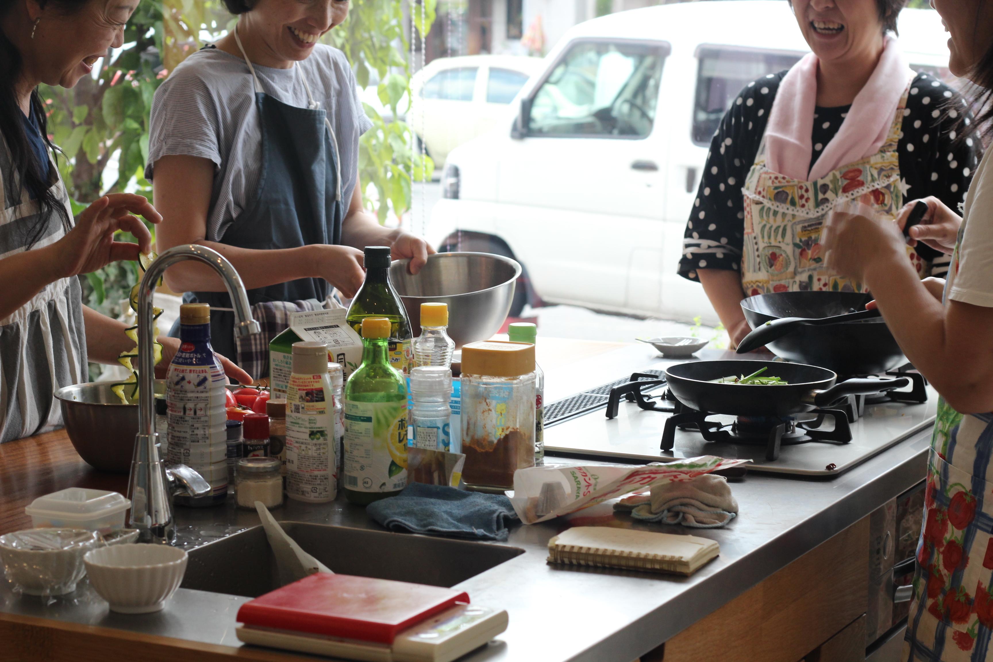 a-ta-sante糖質制限パン料理教室。大阪市阿倍野区。おしゃれで楽しい低糖質料理教室8月最終日。テーマは、『夏野菜』