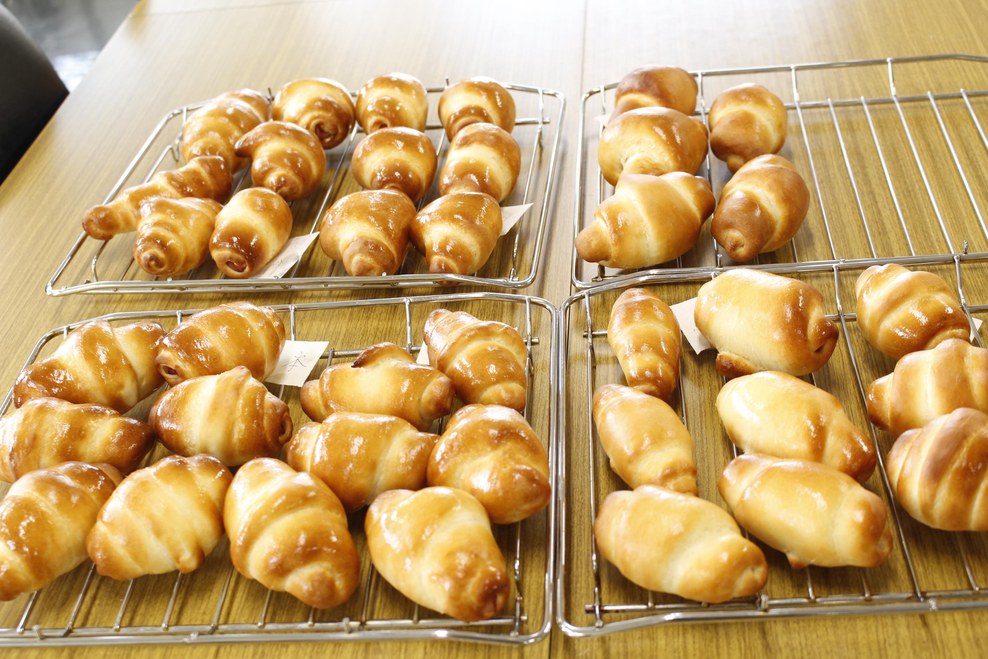 a-ta-sante糖質制限パン料理教室。西田辺。会館でのレッスン『ロールパン』