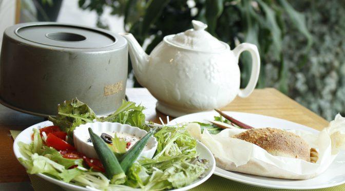 京都江部粉パンミックスを使った糖質制限『抹茶のシフォンケーキ&カルツオーネ』レッスン終了。