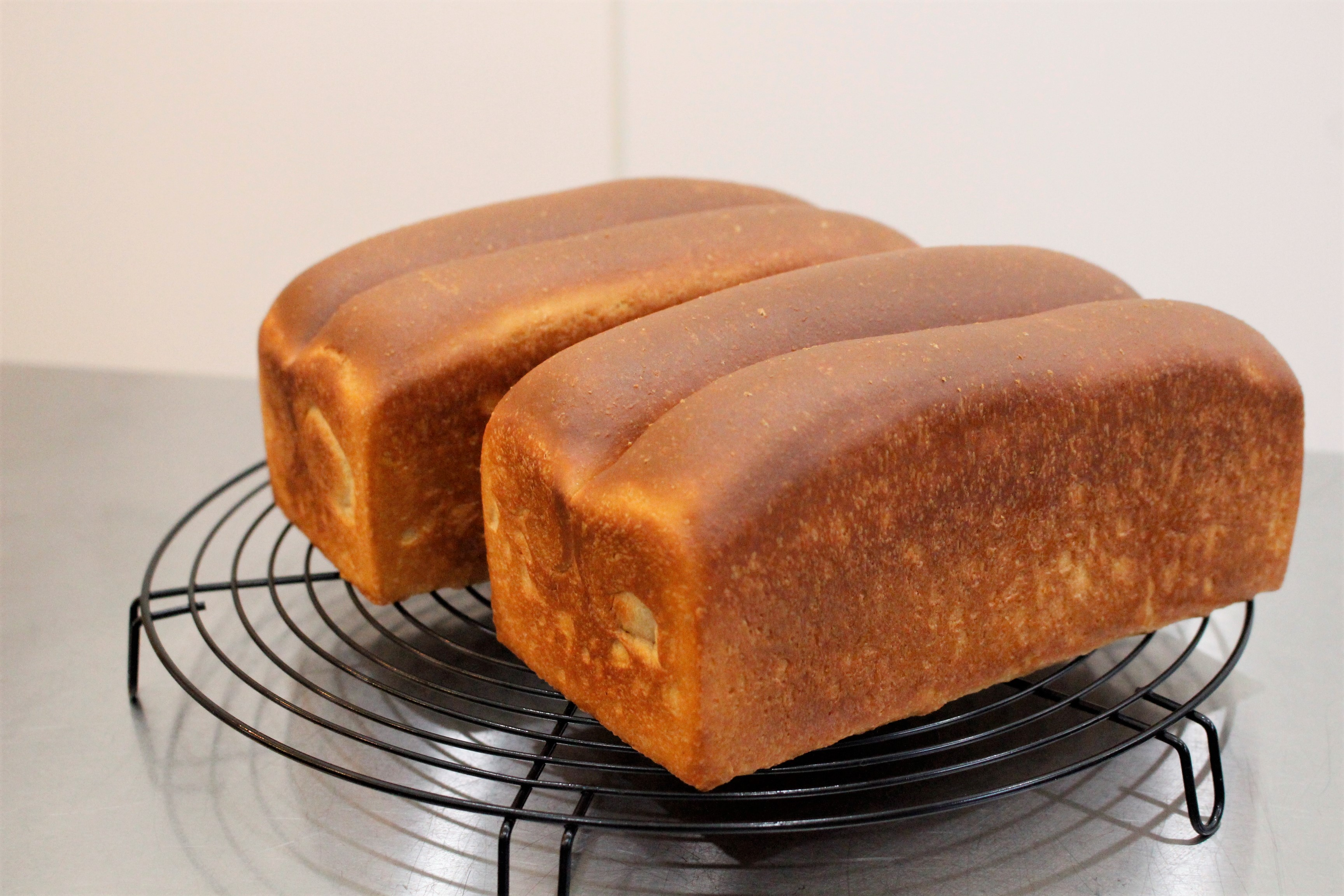 a-ta-sante糖質制限パン料理教室。阿倍野区。桃ヶ池町。a-ta-sant'e.京都江部粉糖質オフパン。コンプリートコースパート1。低糖質ロールパン。「糖質オフパンがここまで美味しくつくれる秘密!」低糖食コーディネーター。利野郁枝。a-ta-sante糖質制限パン料理教室。阿倍野区。桃ヶ池町。a-ta-sant'e.京都江部粉糖質オフパン。2020.9.2。コンプリートコースPERT2。低糖質ロールパン。低糖食コーディネーター。利野郁枝。